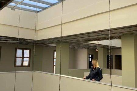 Ολοκληρώνονται σύντομα οι εργασίες στην Βιβλιοθήκη Αμπελακίων από την Περιφέρεια