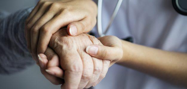 «Κανένας μόνος στην Πανδημία» – Παροχή ψυχοκοινωνικής υποστήριξης σε  ασθενείς  με COVID-19, στις οικογένειες τους και στο υγειονομικό προσωπικό