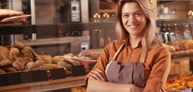 Εγκρίθηκαν οι πρώτες 4.600 αιτήσεις μικρών και πολύ μικρών επιχειρήσεων που συμμετείχαν στο πρόγραμμα ενίσχυσης ύψους 250 εκ. ευρώ, που υλοποιεί η Περιφέρεια Αττικής με χρηματοδότηση από το ΠΕΠ Αττικής (2014-2020)