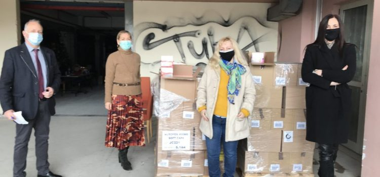 Με πρωτοβουλία του Περιφερειάρχη Αττικής Γ. Πατούλη, διανεμήθηκαν χιλιάδες κουτιά φαρμάκων ευρείας χρήσης σε όλα τα κοινωνικά φαρμακεία των Δήμων