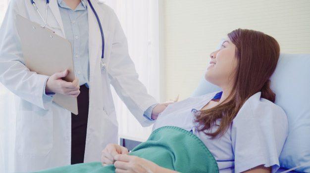 Κορονοϊός-έρευνα: Οι ασθενείς που δεν χρειάστηκε να νοσηλευθούν λόγω της COVID-19 αντιμετωπίζουν μικρό κίνδυνο εμφάνισης σοβαρών, μακροπρόθεσμων προβλημάτων από την ασθένεια