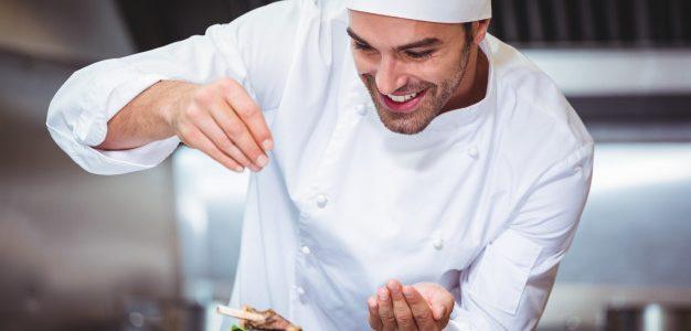 Η πρωτοβουλία της Κουζίνας του Αιγαίου, (Aegean Cuisine) αποτελείται από 189 επιχειρήσεις εστίασης σε 23 νησιά των Κυκλάδων