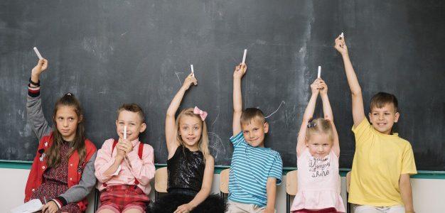 Επιστροφή στο σχολείο για τους μαθητές νηπιαγωγείων, δημοτικών και γυμνασίων