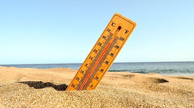 Σημαντική άνοδος της θερμοκρασίας έως τους 35 βαθμούς το διήμερο Κυριακής και Δευτέρας, σύμφωνα με το meteo του Αστεροσκοπείου