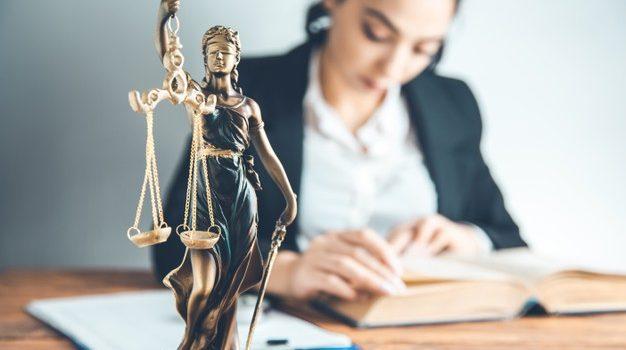 Αντίθετος ο Δικηγορικός Σύλλογος Πειραιά στη μεταβίβαση των καταστημάτων κράτησης, από το Ταμείο Χρηματοδοτήσης Δικαστικών Κτιρίων στο Υπουργείο Προστασίας του Πολίτη