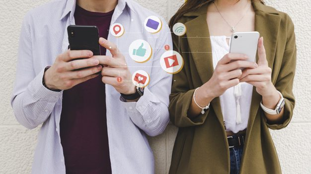«Αντικατοπτρισμοί και Παραμορφώσεις – Η Εκλογική Επίδραση των Μέσων Κοινωνικής Δικτύωσης στην Ευρώπη», ένα βιβλίο για τον πολιτικό ρόλο των social media