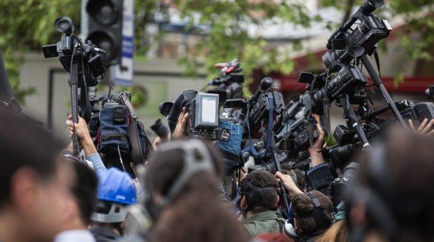 Ο ρόλος των ΜΜΕ και των δημοσιογράφων βασικό θέμα συζήτησης στην ημερίδα της ΕΣΗΕΑ«Δημοκρατία, Δεοντολογία, ΜΜΕ και Δημοσιογράφοι»