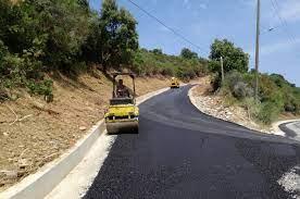 Με χρηματοδότηση της Περιφέρειας Αττικής ύψους 2 εκ. ευρώ ξεκινούν ευρύτατα έργα οδοποιίας στο Δήμο Σαλαμίνας με στόχο την καλύτερη προάσπιση της οδικής ασφάλειας