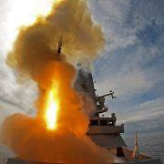 Πολεμικά πλοία έριξαν προειδοποιητικά πυρά στη γραμμή πλεύσης βρετανικού αντιτορπιλικού που εισήλθε στα χωρικά ύδατα της Ρωσίας