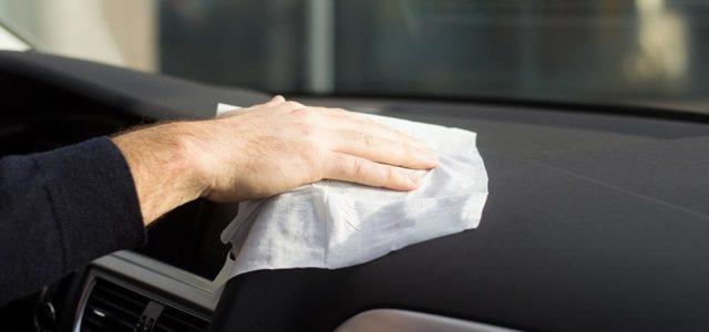Οι σωτήριες χρήσεις των μωρομάντηλων στο αυτοκίνητο