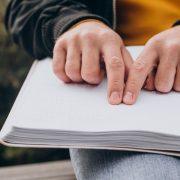Braille κατάλογοι από την artbaze graphic arts