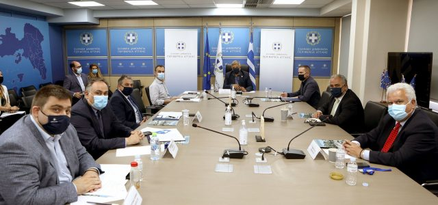 Συνάντηση και διαβούλευση του Περιφερειάρχη Αττικής Γ. Πατούλη με τους Προέδρους Επαγγελματικών Επιμελητηρίων Αθηνών και Πειραιά, ενόψει της νέας Προγραμματικής Περιόδου 2021-2027