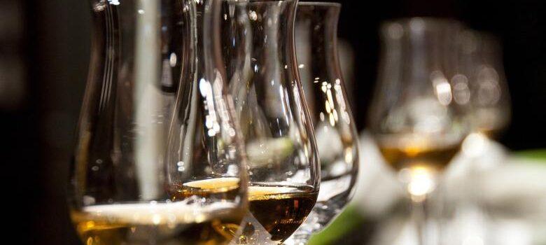 Ράλι πωλήσεων για τα αλκοολούχα ποτά στην δεύτερη καραντίνα