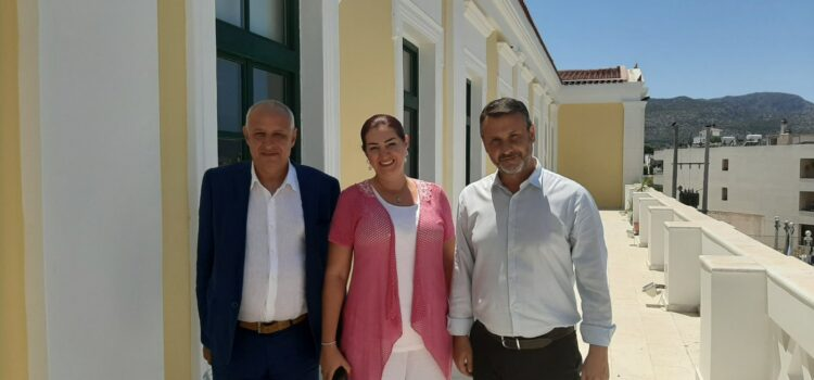 Συνάντηση του Δημάρχου Σαλαμίνας Γιώργου Παναγόπουλου με τον Πρόεδρο της Ελληνολιβανικής Πολιτιστικής Ένωσης (GLCU) κ.  Ουαλίντ Ελιάς